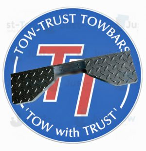 Titan Heavy Duty Towbar Step