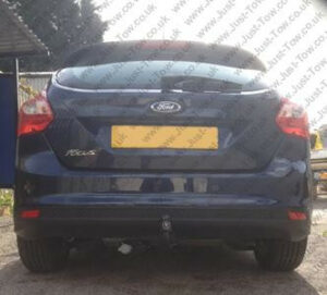 Ford Focus 3 Hatchback 2011 Onwards Fitted with Tow-Trust Vertical Detachable Towbar TFD4VK & Twin Electrics
