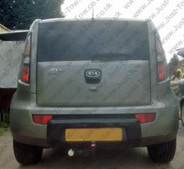 Kia Soul 2009 to 2014 Fitted with Witter Swan Neck Towbar KA24AS & Twin Electrics